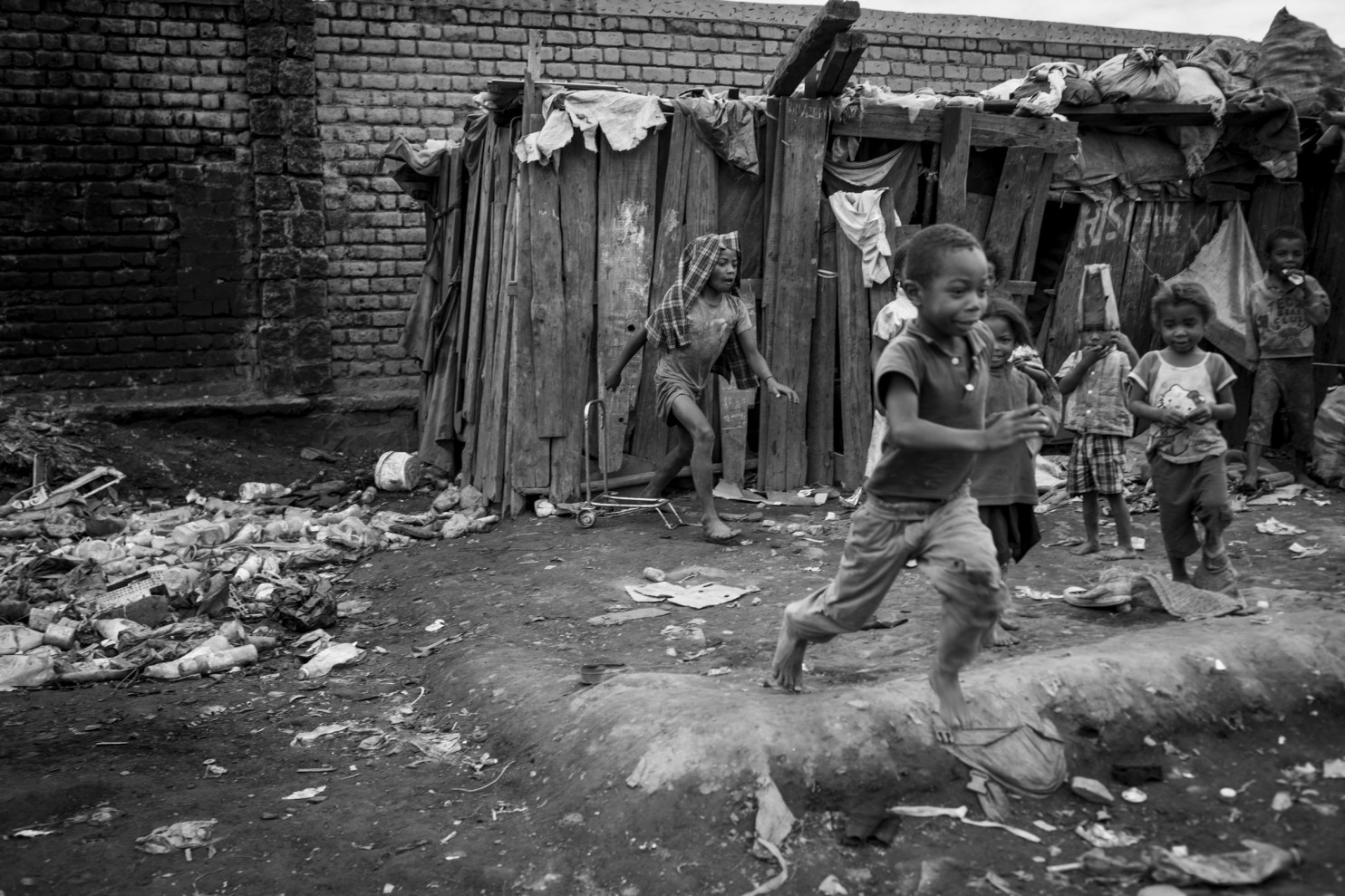 Slums in Antananarivo, the capital of Madagascar, where hygiene is very poor. The presence of rodents and fleas is rampant in the slums. (Christian Werner/Laif), Washington Post