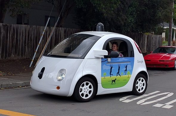 Self-Driving-Cars-and-Their-Impact-on-the-Future